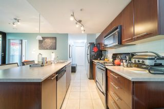 """Photo 7: 311 2525 BLENHEIM Street in Vancouver: Kitsilano Condo for sale in """"THE MACK"""" (Vancouver West)  : MLS®# R2608391"""