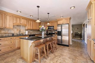 Photo 4: SAN DIEGO House for sale : 4 bedrooms : 11155 Oakcreek Dr in Lakeside