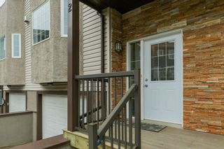 Photo 2: 2 17839 99 Street NW in Edmonton: Zone 27 Townhouse for sale : MLS®# E4256116