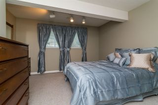 Photo 18: 6459 184 Street in Surrey: Cloverdale BC House for sale (Cloverdale)  : MLS®# R2106667