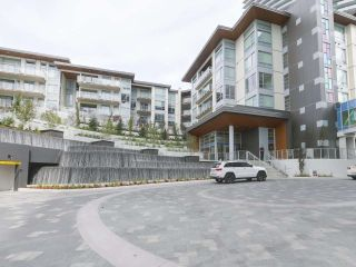 """Photo 1: 104 1768 GILMORE Avenue in Burnaby: Brentwood Park Condo for sale in """"Escala"""" (Burnaby North)  : MLS®# R2398729"""