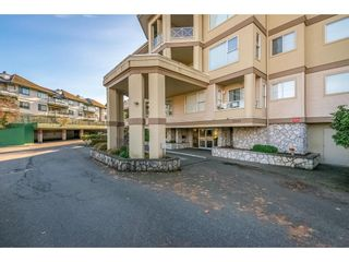 """Photo 2: 107 20120 56 Avenue in Langley: Langley City Condo for sale in """"Blackberry Lane 1"""" : MLS®# R2495624"""