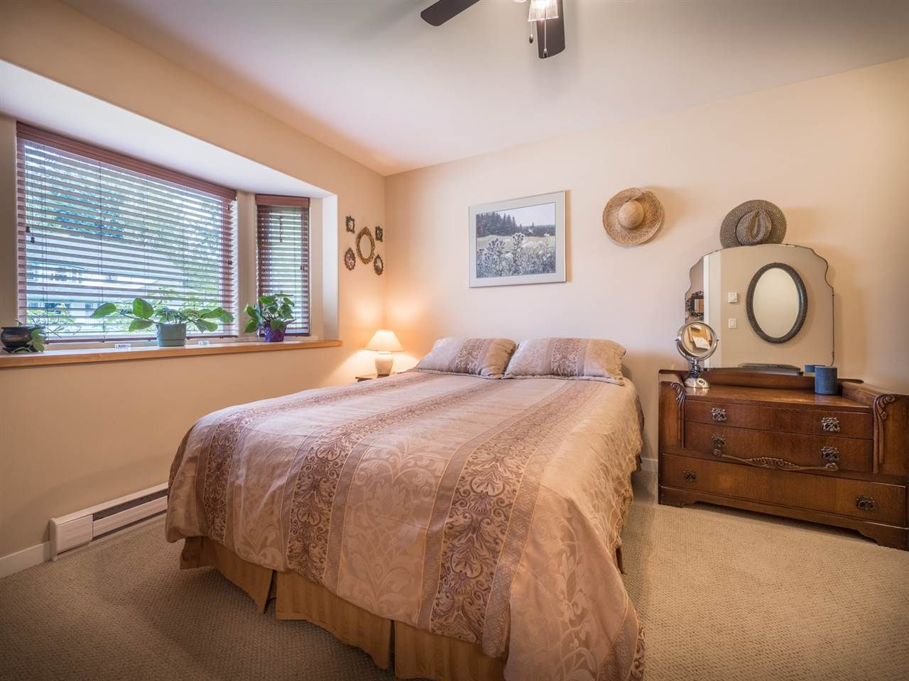 Photo 17: Photos: 6335 PICADILLY Place in Sechelt: Sechelt District House for sale (Sunshine Coast)  : MLS®# R2248834