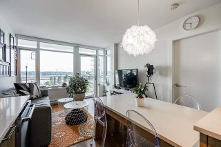 """Photo 6: 711 258 NELSON'S Court in New Westminster: Sapperton Condo for sale in """"The Columbia"""" : MLS®# R2584289"""