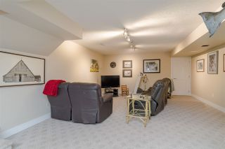"""Photo 15: 34661 WALKER Crescent in Abbotsford: Abbotsford East House for sale in """"Skyline"""" : MLS®# R2369860"""