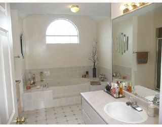 Photo 6: 8271 MCBURNEY Court in Richmond: Garden City House for sale : MLS®# V702809