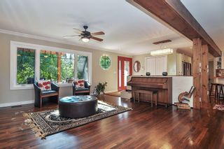"""Photo 4: 7863 227 Crescent in Langley: Fort Langley House for sale in """"Forest Knolls"""" : MLS®# R2496367"""
