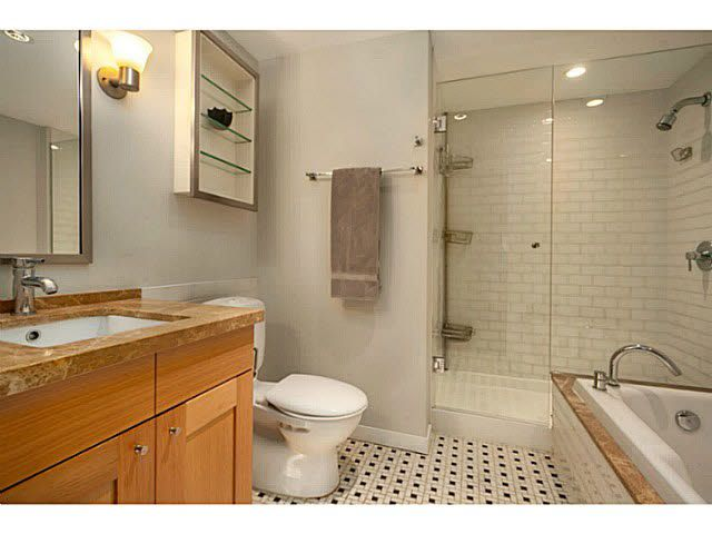 """Photo 9: Photos: 1808 821 CAMBIE Street in Vancouver: Downtown VW Condo for sale in """"RAFFLES ON ROBSON"""" (Vancouver West)  : MLS®# V1125986"""