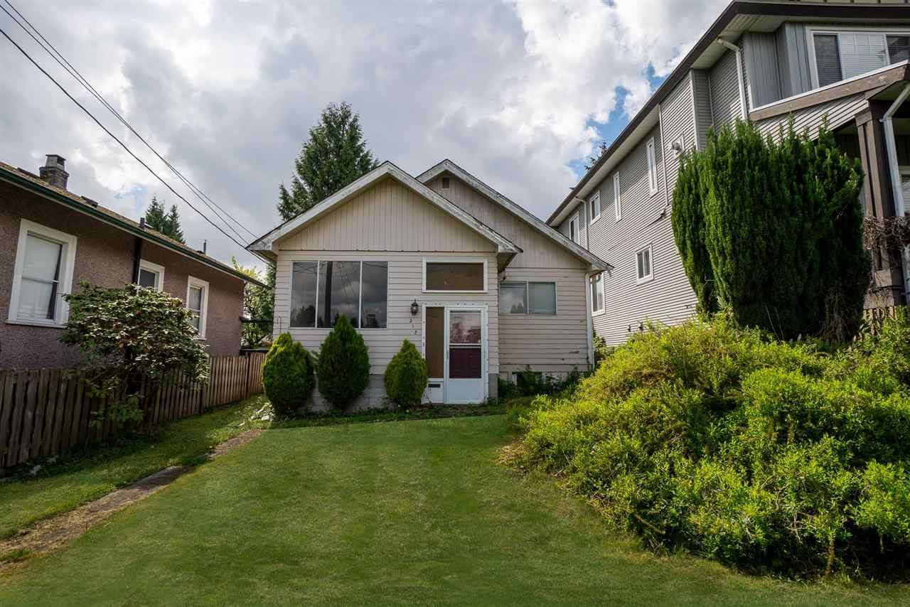 Main Photo: 312 NOOTKA Street in New Westminster: The Heights NW House for sale : MLS®# R2584754