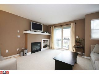 """Photo 2: 84 19250 65TH Avenue in Surrey: Clayton Townhouse for sale in """"SUNBERRY COURT"""" (Cloverdale)  : MLS®# F1012417"""
