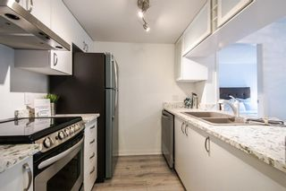 Photo 4: 901 1188 HOWE STREET in Vancouver West: Home for sale : MLS®# R2031135