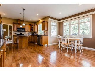 Photo 9: 4215 199A Street in Langley: Brookswood Langley House for sale : MLS®# R2149185