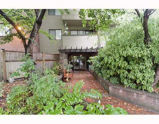 Main Photo: 303 853 E 7TH Avenue in Vancouver: Mount Pleasant VE Condo for sale (Vancouver East)  : MLS®# V797245