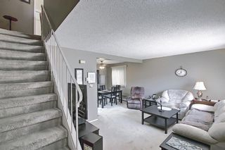 Photo 4: 22 3809 45 Street SW in Calgary: Glenbrook Row/Townhouse for sale : MLS®# A1090876