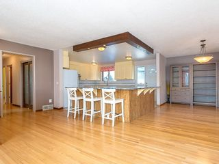 Photo 13: 5115 BULYEA Road NW in Calgary: Brentwood Detached for sale : MLS®# C4278315