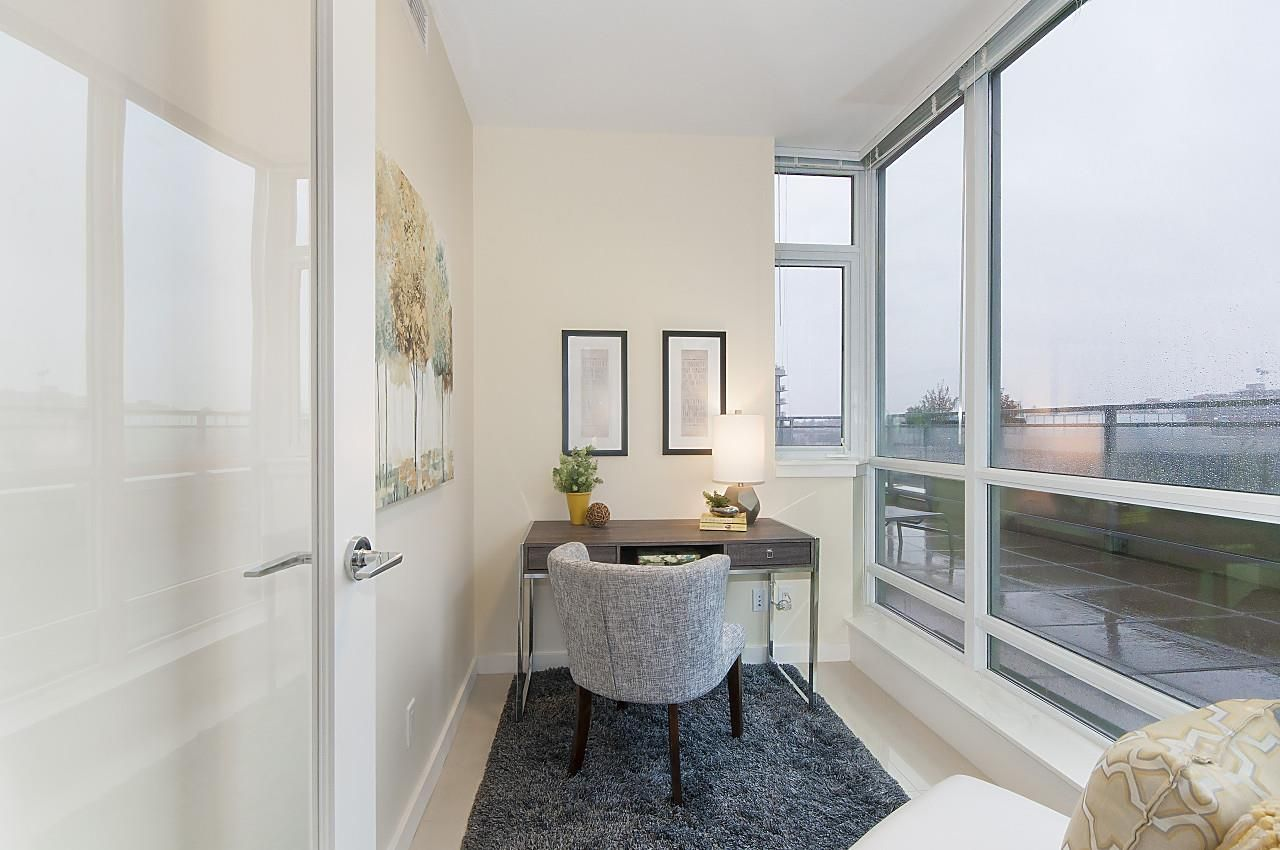 """Photo 12: Photos: 1101 88 W 1ST Avenue in Vancouver: False Creek Condo for sale in """"THE ONE"""" (Vancouver West)  : MLS®# R2234746"""