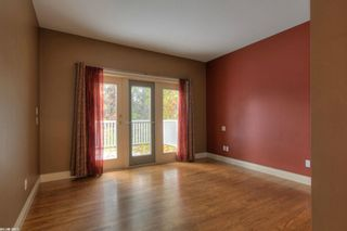 Photo 9: 2299 Lillooet Crescent in Kelowna: Other for sale : MLS®# 10038123