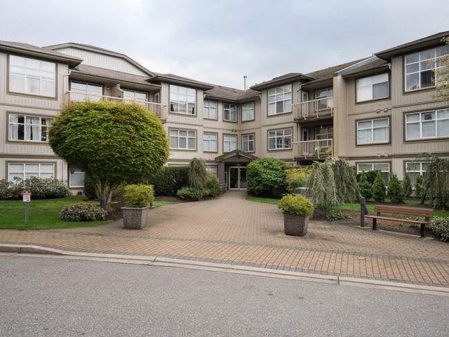 Main Photo: 311 14885 105 AVENUE in Reviva: Guildford Condo for sale ()  : MLS®# R2262189