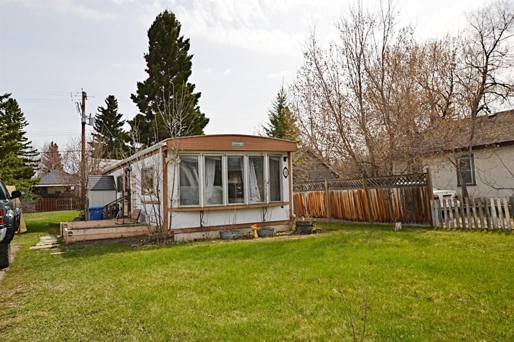 Main Photo: 121 & 125 EDGAR Avenue: Turner Valley Detached for sale : MLS®# A1105360