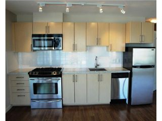"Photo 2: 808 1068 W BROADWAY in Vancouver: Fairview VW Condo for sale in ""THE ZONE"" (Vancouver West)  : MLS®# V852760"