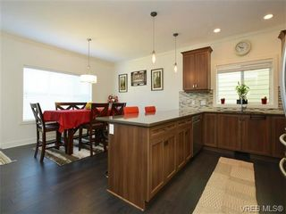 Photo 8: 1239 Bombardier Cres in VICTORIA: La Westhills House for sale (Langford)  : MLS®# 737795