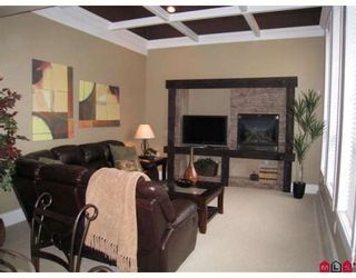 """Photo 4: 21057 84TH Avenue in Langley: Willoughby Heights House for sale in """"Yorkson"""" : MLS®# F2726070"""