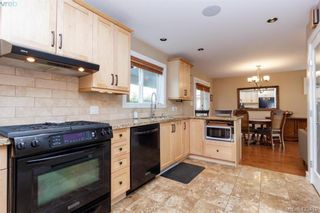 Photo 13: 3225 Mallow Crt in VICTORIA: La Walfred House for sale (Langford)  : MLS®# 836201