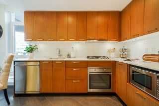 """Photo 8: 309 1372 SEYMOUR Street in Vancouver: Downtown VW Condo for sale in """"The Mark"""" (Vancouver West)  : MLS®# R2616308"""