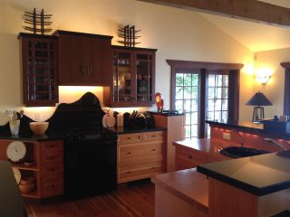Photo 10: 477 LETOUR Road: Mayne Island House for sale (Islands-Van. & Gulf)  : MLS®# R2475713