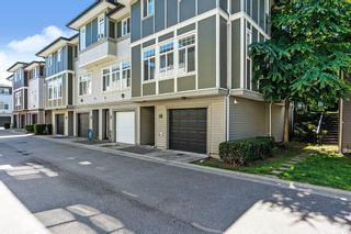 """Photo 2: 56 1010 EWEN Avenue in New Westminster: Queensborough Townhouse for sale in """"WINDSOR MEWS"""" : MLS®# R2597188"""