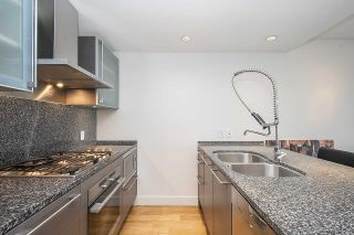 """Photo 3: 2804 1111 ALBERNI Street in Vancouver: West End VW Condo for sale in """"SHANGRI-LA"""" (Vancouver West)  : MLS®# R2514908"""