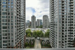 """Photo 21: 1208 928 HOMER Street in Vancouver: Yaletown Condo for sale in """"Yaletown Park 1"""" (Vancouver West)  : MLS®# R2615847"""