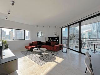 """Photo 3: 2205 838 W HASTINGS Street in Vancouver: Downtown VW Condo for sale in """"JAMESON HOUSE"""" (Vancouver West)  : MLS®# R2625326"""