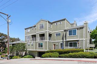 Photo 1: HILLCREST Condo for sale : 1 bedrooms : 4204 3rd Ave #5 in San Diego
