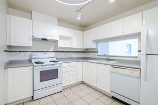 "Photo 4: 301 7326 ANTRIM Avenue in Burnaby: Metrotown Condo for sale in ""SOVEREIGN MANOR"" (Burnaby South)  : MLS®# R2400803"