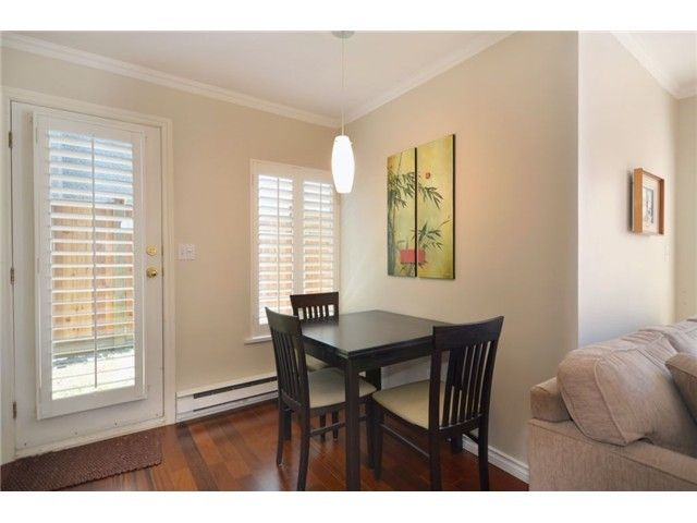 Photo 4: Photos: 136 W 14TH Avenue in Vancouver: Mount Pleasant VW Condo for sale (Vancouver West)  : MLS®# V924391