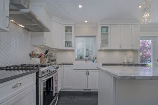 Photo 13: 2292 MADRONA Place in Surrey: King George Corridor House for sale (South Surrey White Rock)  : MLS®# R2459582