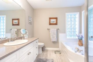 Photo 19: 1046 Miraloma Dr in : PQ Qualicum Beach House for sale (Parksville/Qualicum)  : MLS®# 863759
