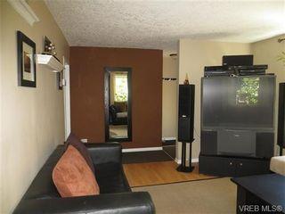 Photo 4: 890 Rockheights Ave in VICTORIA: Es Rockheights Half Duplex for sale (Esquimalt)  : MLS®# 693995