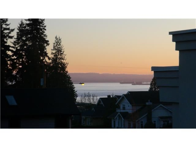 Main Photo: 2390 MATHERS Avenue in West Vancouver: Dundarave House for sale : MLS®# V1103115