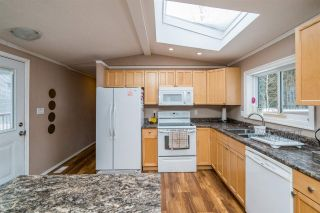 """Photo 13: 2866 EVASKO Road in Prince George: South Blackburn Manufactured Home for sale in """"SOUTH BLACKBURN"""" (PG City South East (Zone 75))  : MLS®# R2542635"""
