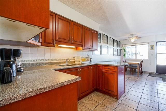 Photo 7: Photos: 6644 Canada Way in Burnaby: Burnaby Lake Multifamily for sale (Burnaby South)  : MLS®# R2527595