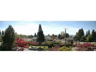 Photo 2: 2175 KINGS AVE in West Vancouver: Dundarave House for sale : MLS®# V888859