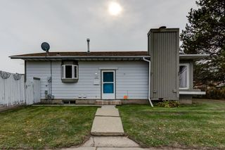 Photo 2: 4229 49 Street NW: Gibbons House for sale : MLS®# E4266372