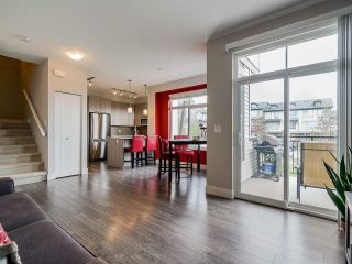 """Photo 9: 89 19433 68 Avenue in Surrey: Clayton Townhouse for sale in """"THE GROVE"""" (Cloverdale)  : MLS®# R2454192"""