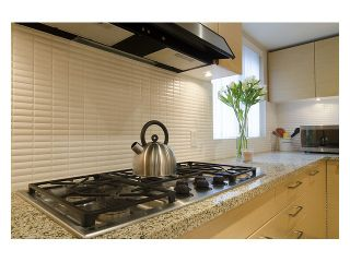 """Photo 8: 402 6018 IONA Drive in Vancouver: University VW Condo for sale in """"Argyll House West"""" (Vancouver West)  : MLS®# V988895"""
