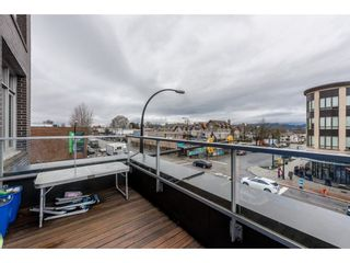 Photo 2: 309 4310 HASTINGS Street in Burnaby: Willingdon Heights Condo for sale (Burnaby North)  : MLS®# R2146131