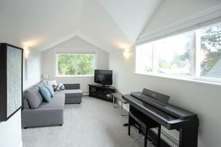 Photo 16: 1420 129B STREET in Surrey: White Rock House for sale (South Surrey White Rock)  : MLS®# R2510375