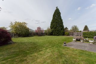 Photo 1: 8361 143A Street in Surrey: Bear Creek Green Timbers House for sale : MLS®# R2161623
