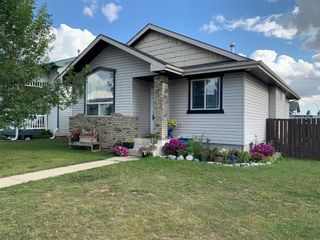 Main Photo: 3 Durand Crescent: Red Deer Detached for sale : MLS®# A1140159